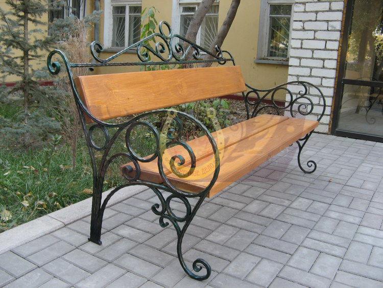 Заказать и купить кованую скамейку в СПб
