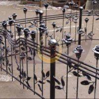 Кованая ограда, кованый крест